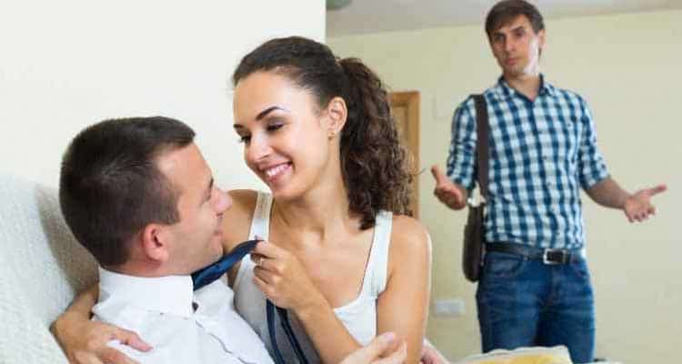 Signs Of A Cheating Girlfriend