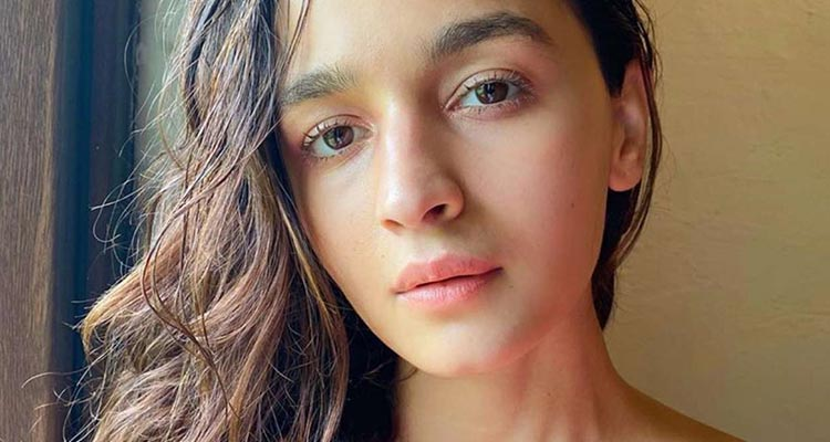 I get a chance to go for a date with my favourite Alia Bhatt after watching her in Student of the year