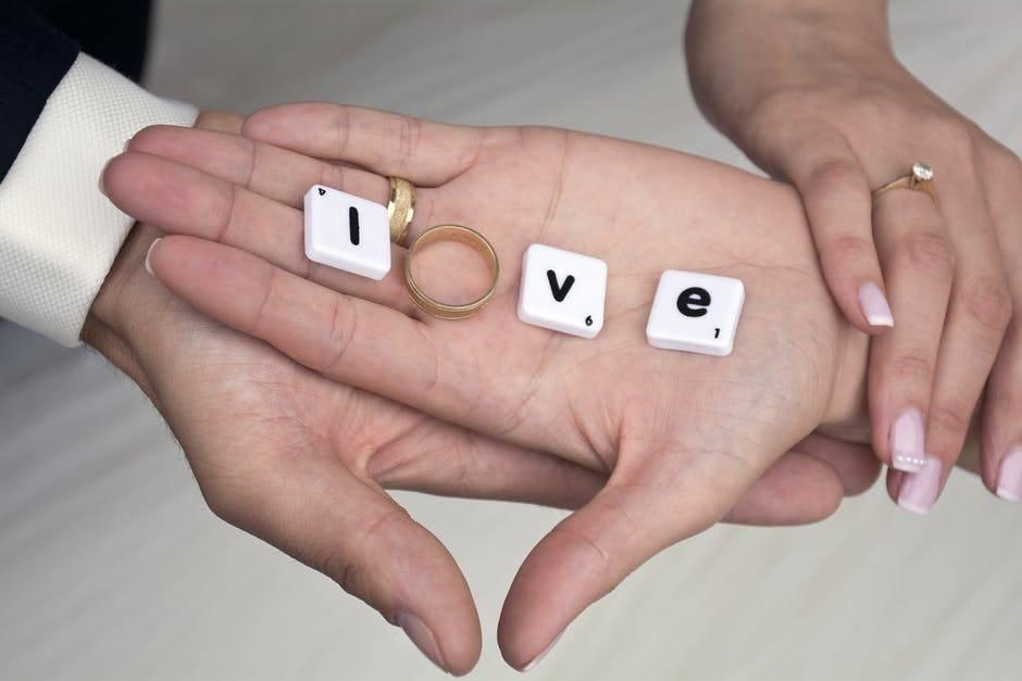 hands & love