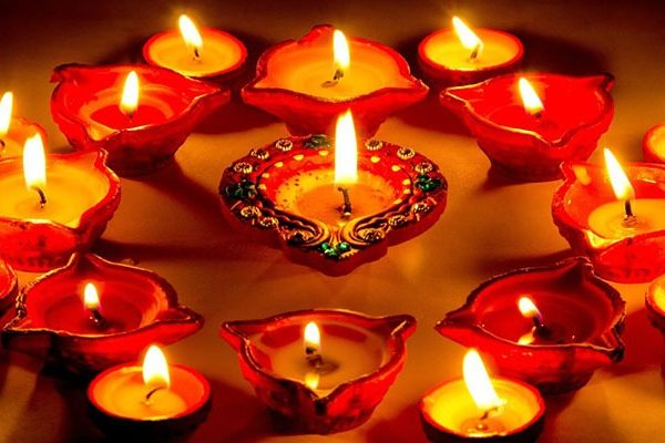Deepawali have mythological story behind why it is celebrated