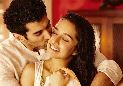 Advantages of a live-in relationship depicted in Bollywood movies