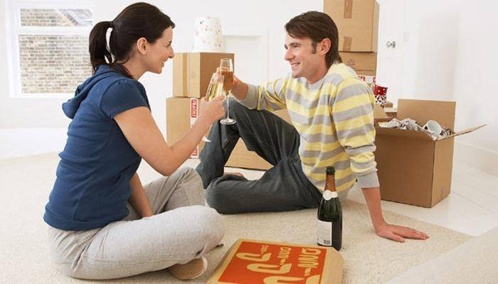 Advantages of live-in relationship help two people to understand each other