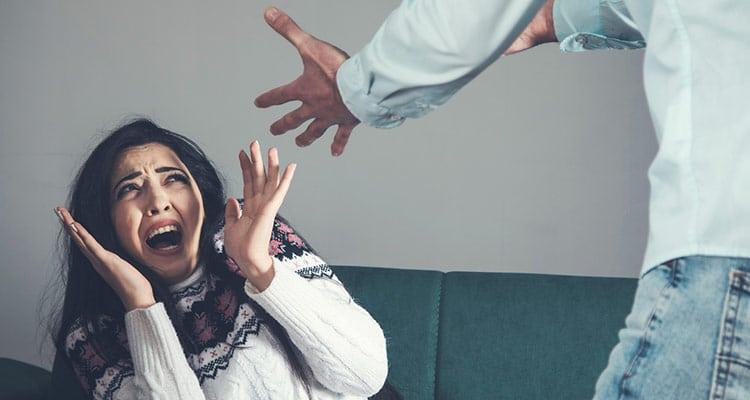 husband abuse woman