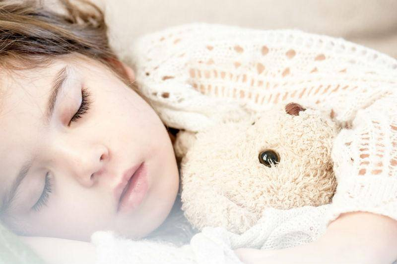 No sexual talk before child sleeps off