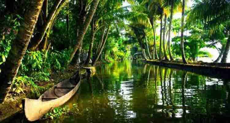 places to go with friends- kerala
