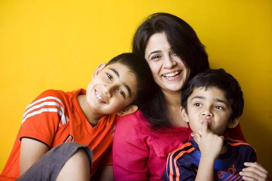 Ruchita with kids