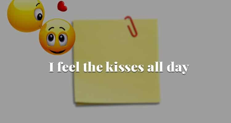kissing note