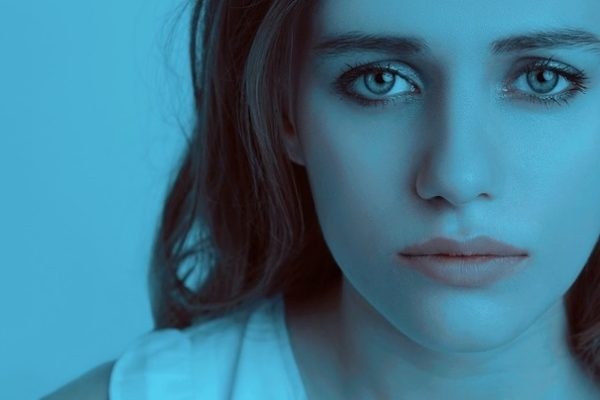 Close-up-of-pretty-girl-with-sad-eyes