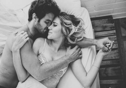 Intimate-Couple-Session
