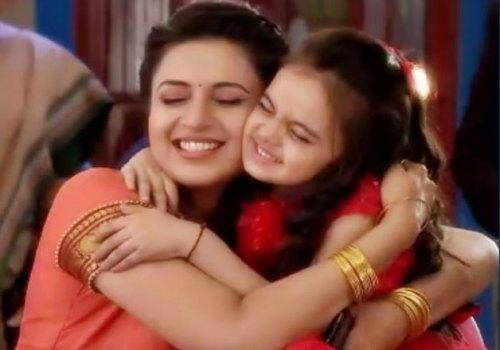 Ishita with ruhi