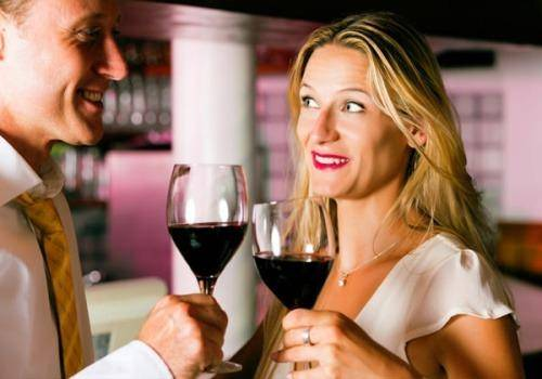 Flirting when married is a common thing men indulge in and women should stay away from.