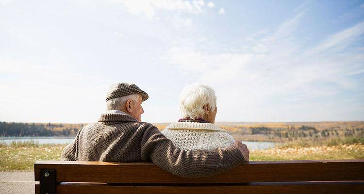 old couple finding ways of solving problems by their ways