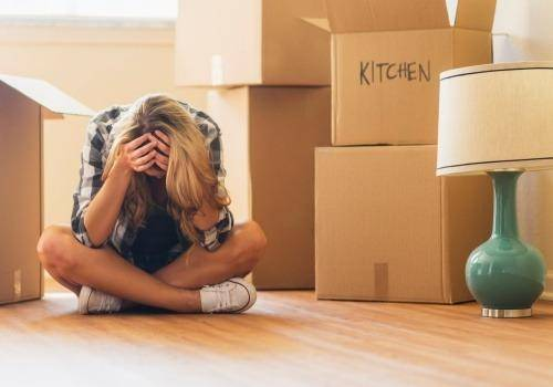girl moving out