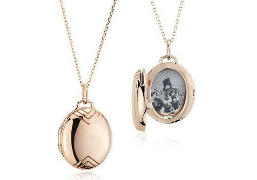 Picture necklaces are great gift ideas since these have an old world charm