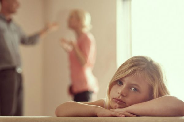 Tell about affairs to kids