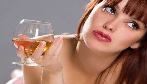 These are common things all drunk girls do