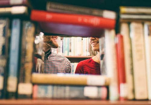if you are into books then this is one of the best First Date Ideas