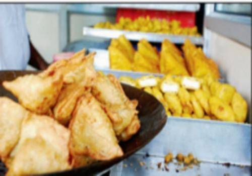 Samosa-in-shop