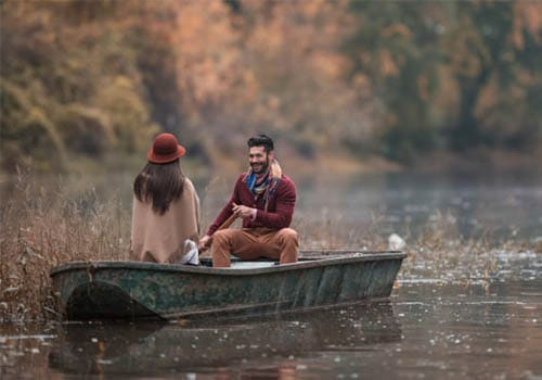 Boat ride could be one of the cheapest first date ideas