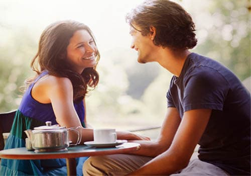 looking for First Date Ideas? Try a new coffee shop