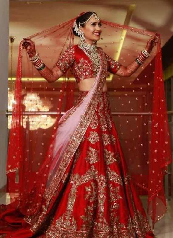 10 Amazing Red Bridal Lehengas That Are Gorgeous