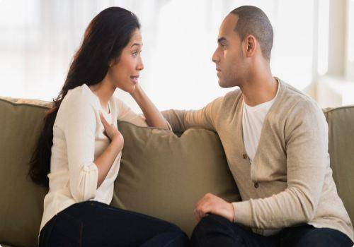 we tell you how to deal with a controlling husband