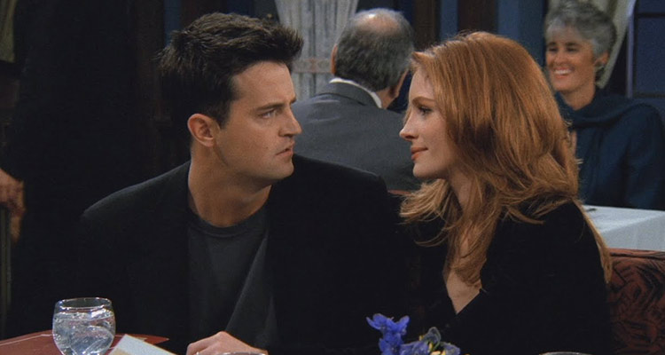 Julia Roberts starred in this season-ending double episode as Chandler's classmate from school.