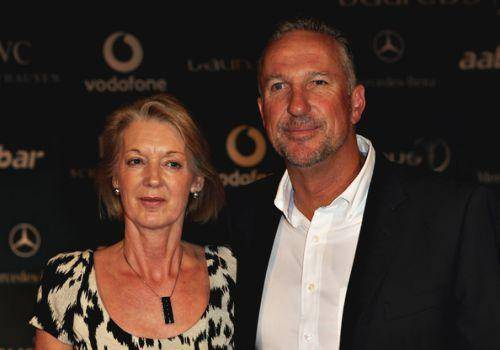 Ian botham with his wife