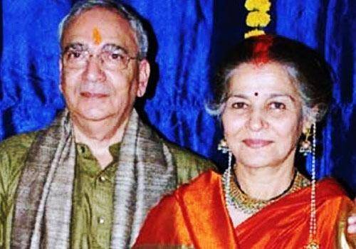 Suhasini Mulay had a late marriage at the age of 60.