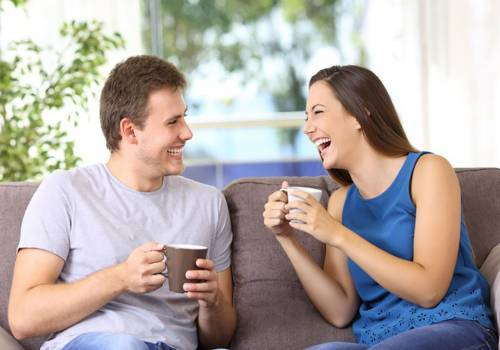 couple-laughing-loud-together