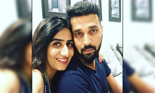 murli vijay and wife