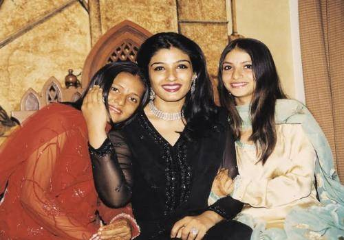 raveena with two daughters