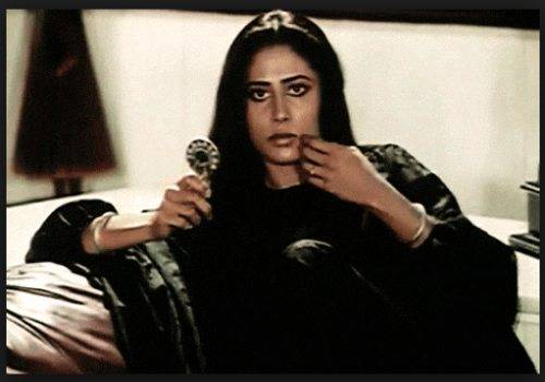 smita-patil-in-earth