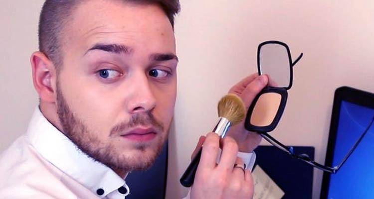 Her husband wears makeup and she finds it unacceptable