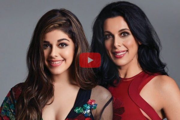 Pooja bedi with her daughter