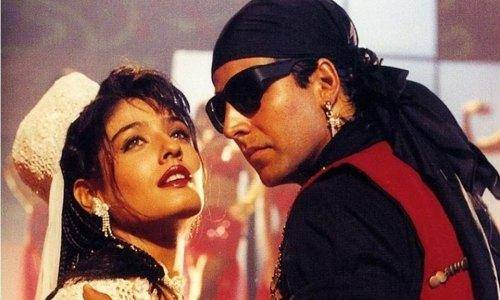 ravina and Akshay in tu chiz badi hai mast