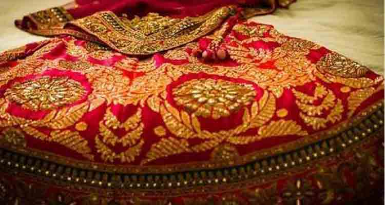 The red bridal leghna