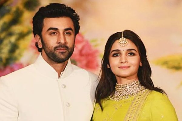 Ranbir and alia at wedding of sonam kapoor