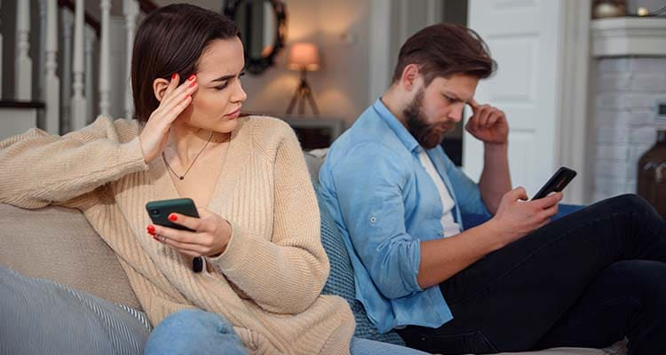 unhealthy jealousy in a relationship