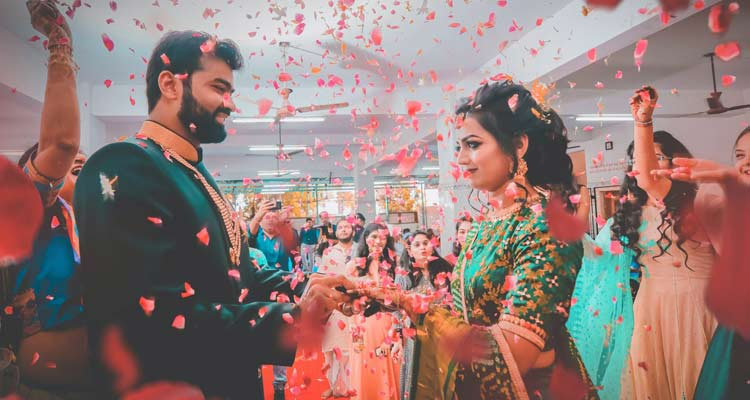 reasons why the Indian family is killing the Indian marriage