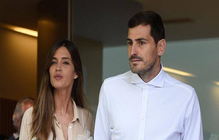 Sara Carbonero and Iker Casillas are suffering from health issues. he had a heart attack and she had surgery for ovarian cancer.