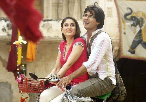 As shown in the film Jab We Met cycling in India is very much part of romance