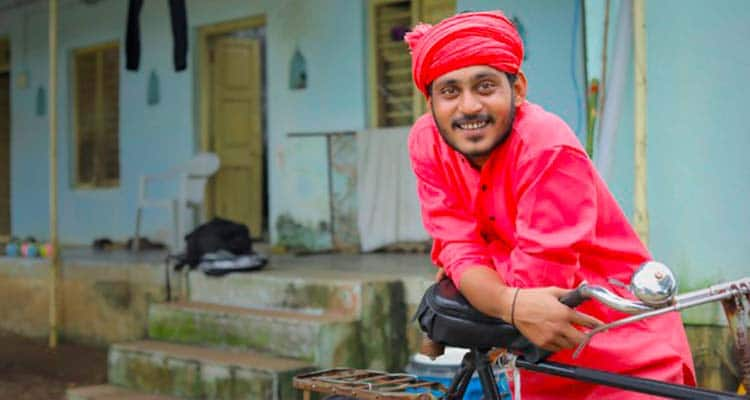 indian man with cycle