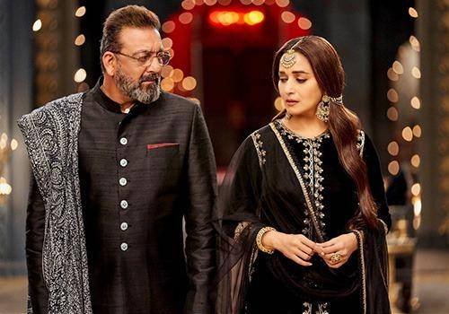 Sanjay dutt and Madhuri Dixit was in relationship years back