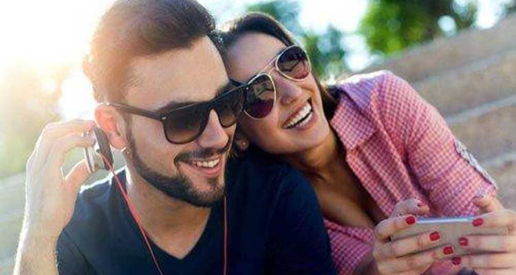 how to tell your husband that you love him - tell him you miss him