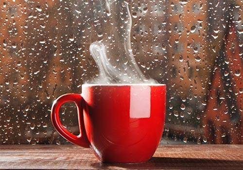 A coffee in the rain