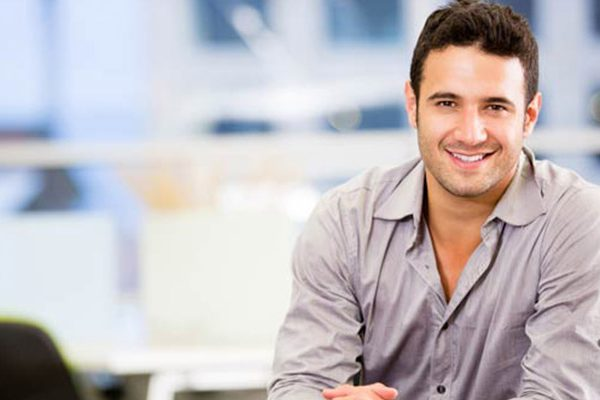 body language mistakes men make at the workplace
