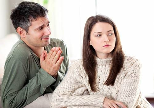 Calm a nagging wife by accepting your mistake