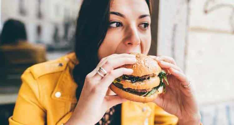Why girls get fat after marriage: junk food