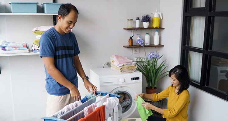 share the responsibility of household chores.